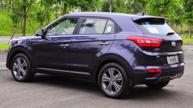 Production-Hyundai-ix25-images-rear-quarter[3][2]