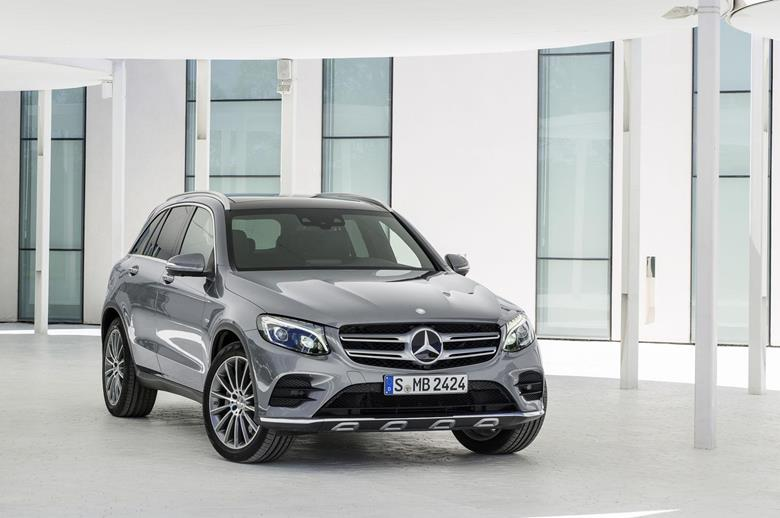 mercedes glc (Copy)
