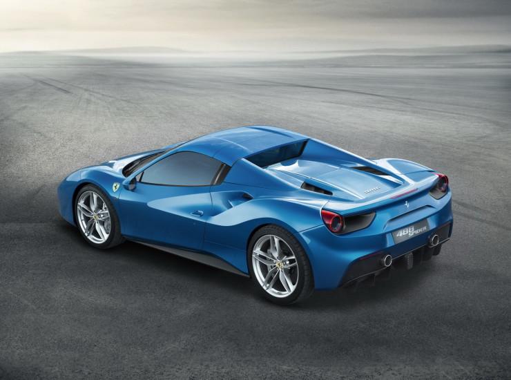2015-Ferrari488Spider-02