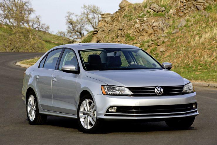 2015-VW-Jetta-8