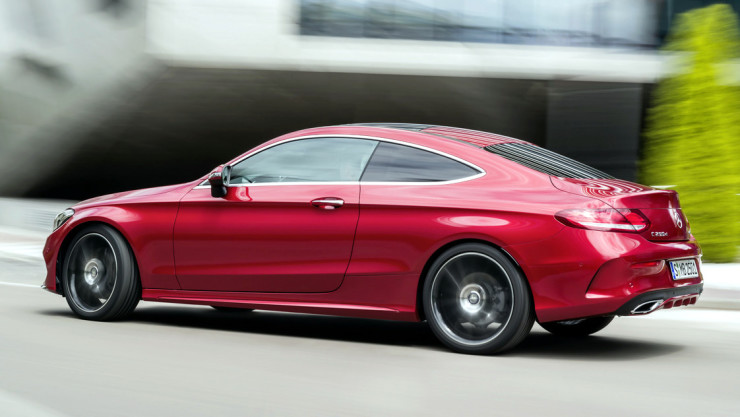 2017-Mercedes-C-Class-Coupe-30