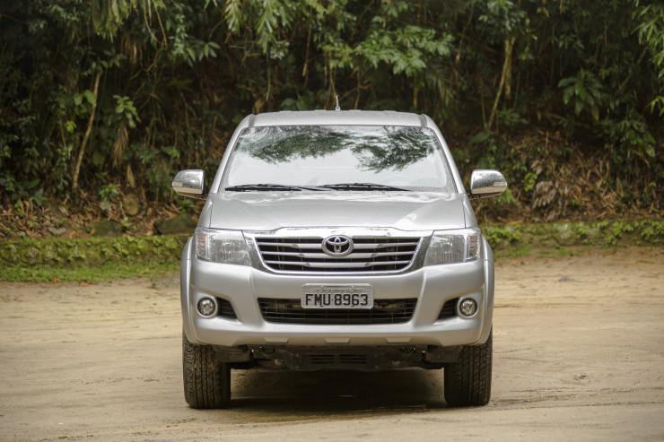 Toyota Hilux SRV Flex (3)