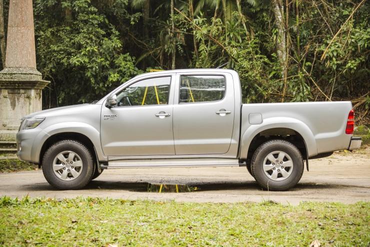 Toyota Hilux SRV Flex (4)