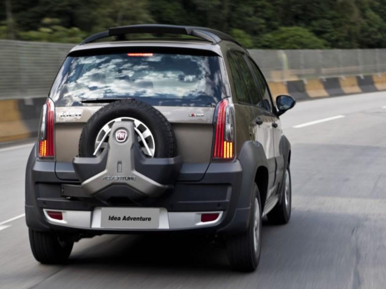 Fiat idea parte de r na linha 2016 novidades for Fiat idea adventure 2015 precio
