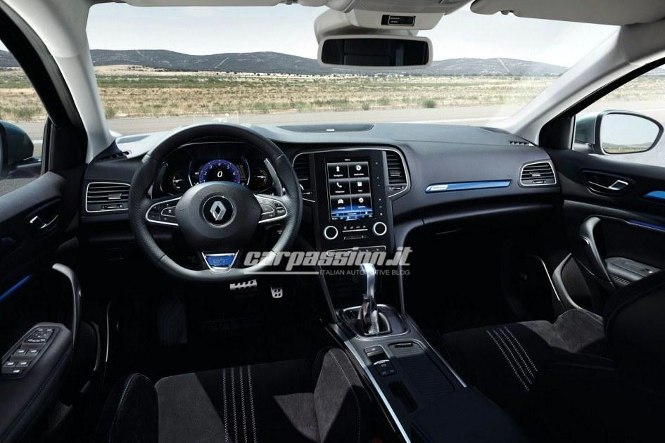 Renault Megane 2016 (2)