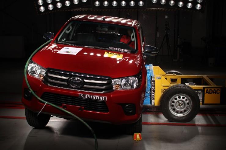 Toyota Hilux 2016 latin ncap (16)