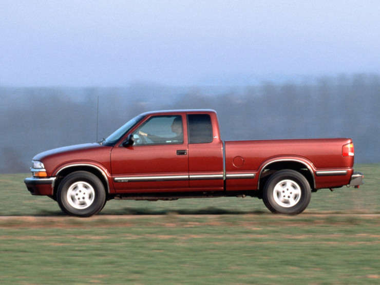 chevrolet_s-10_extended_cab_1