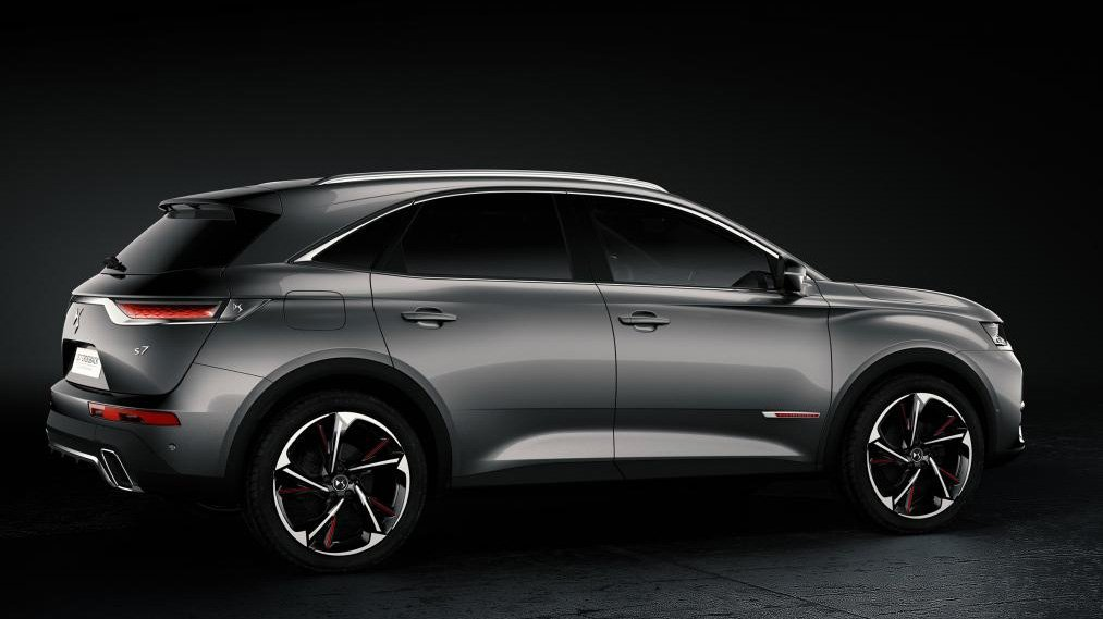 citroen ds7 crossback citroen ds 7 crossback revealed as suave new suv performancedrive 2017. Black Bedroom Furniture Sets. Home Design Ideas