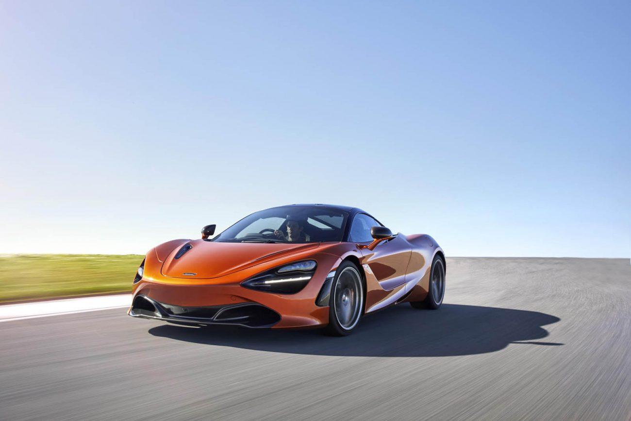 McLaren-720S-01