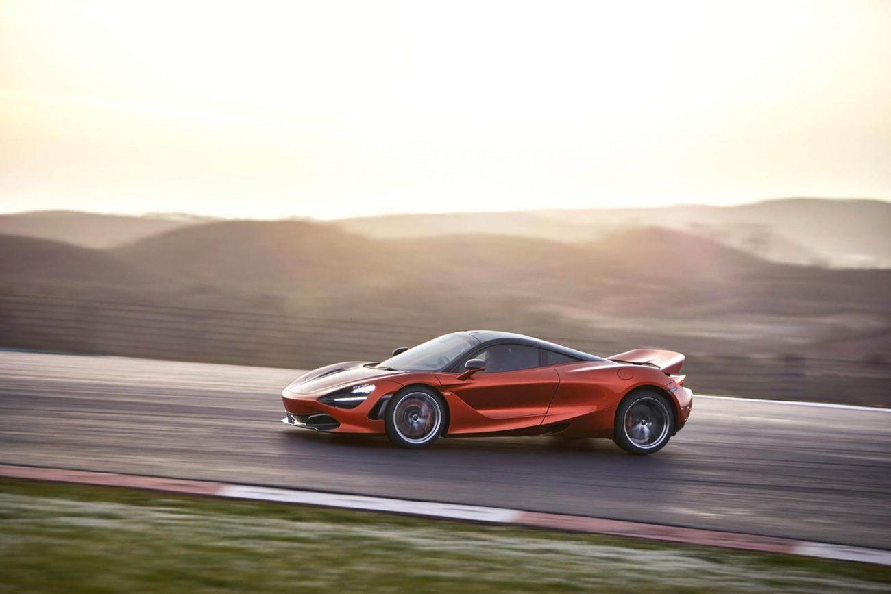 McLaren-720S-02