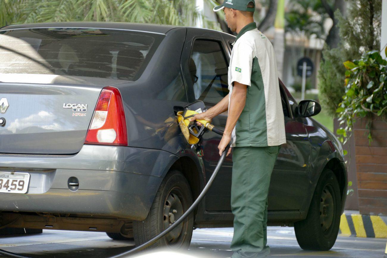 Posto de combustível; etanol está mais caro
