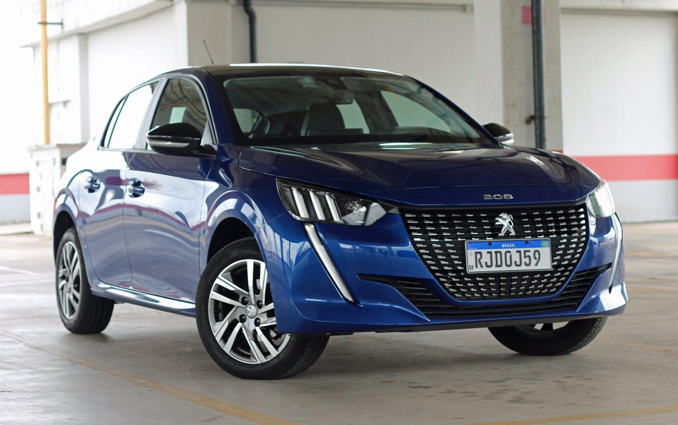 Avaliação: Peugeot 208 é para quem curte design e tecnologia, mas não tem pressa