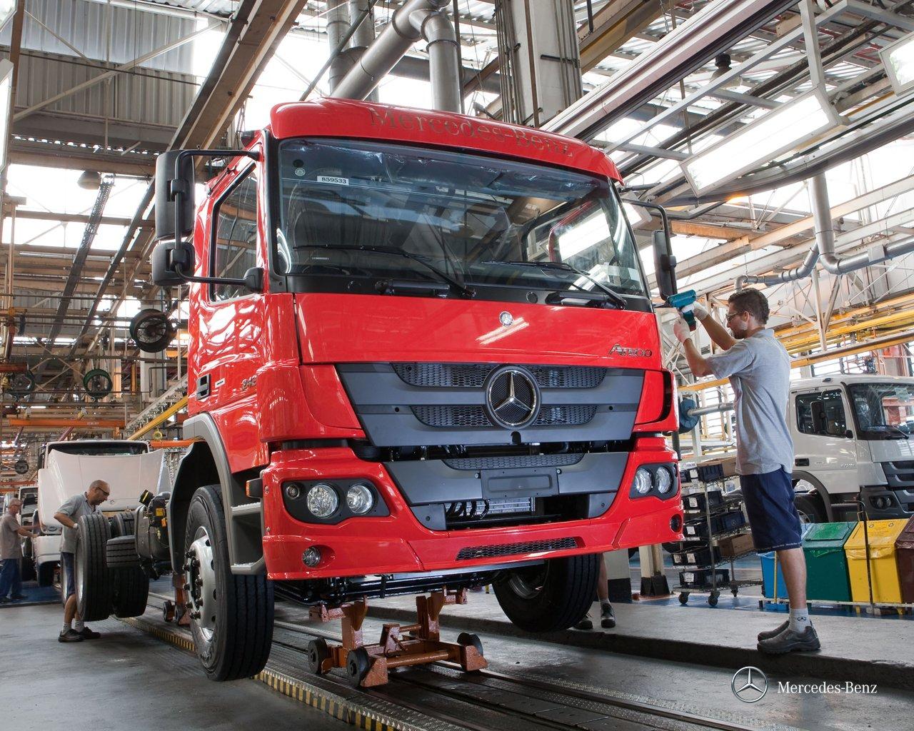 Fábrica de caminhões da Mercedes-Benz