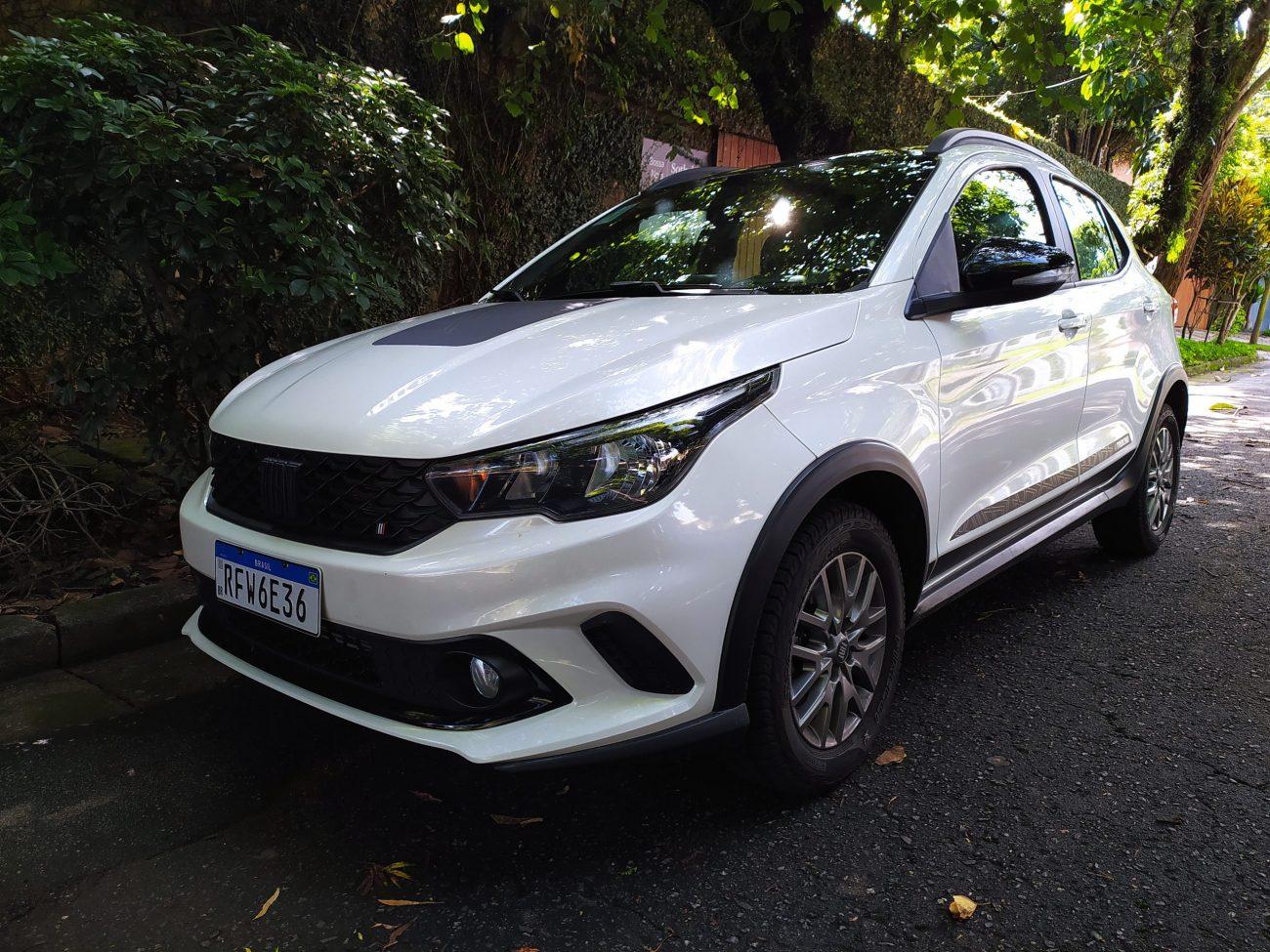 Avaliação: Fiat Argo Trekking 1.8 agrada, mas preço é de Renegade