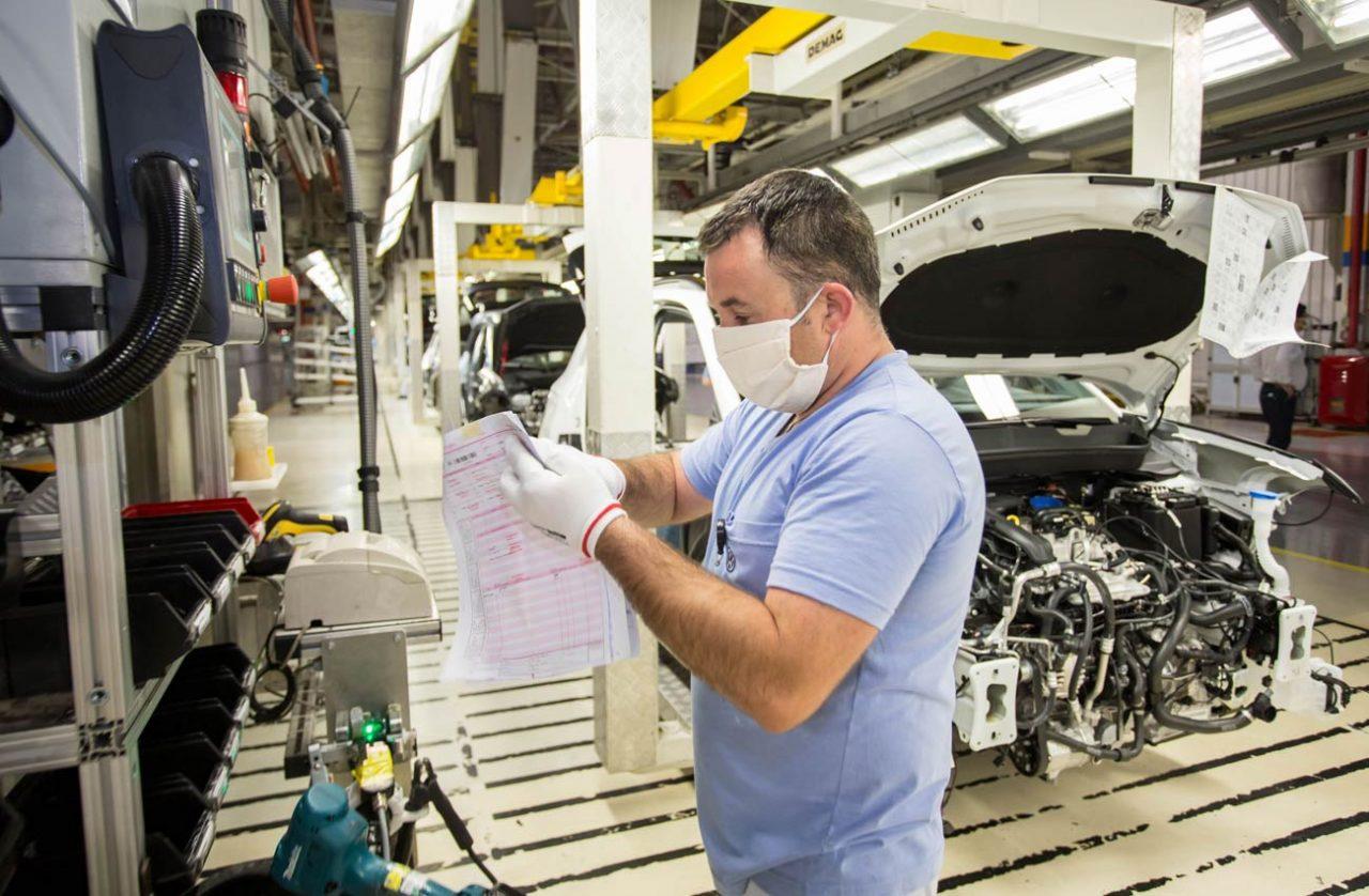 Produção de veículos no Brasil ficou estável em maio