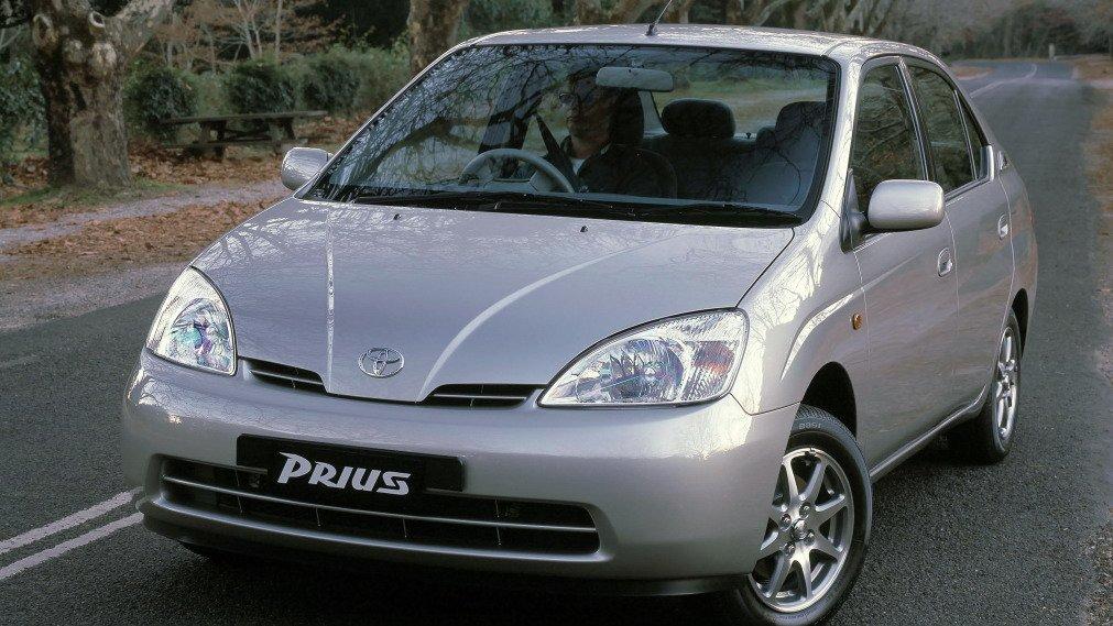 Primeira geração do Toyota Prius, que não foi vendida no Brasil
