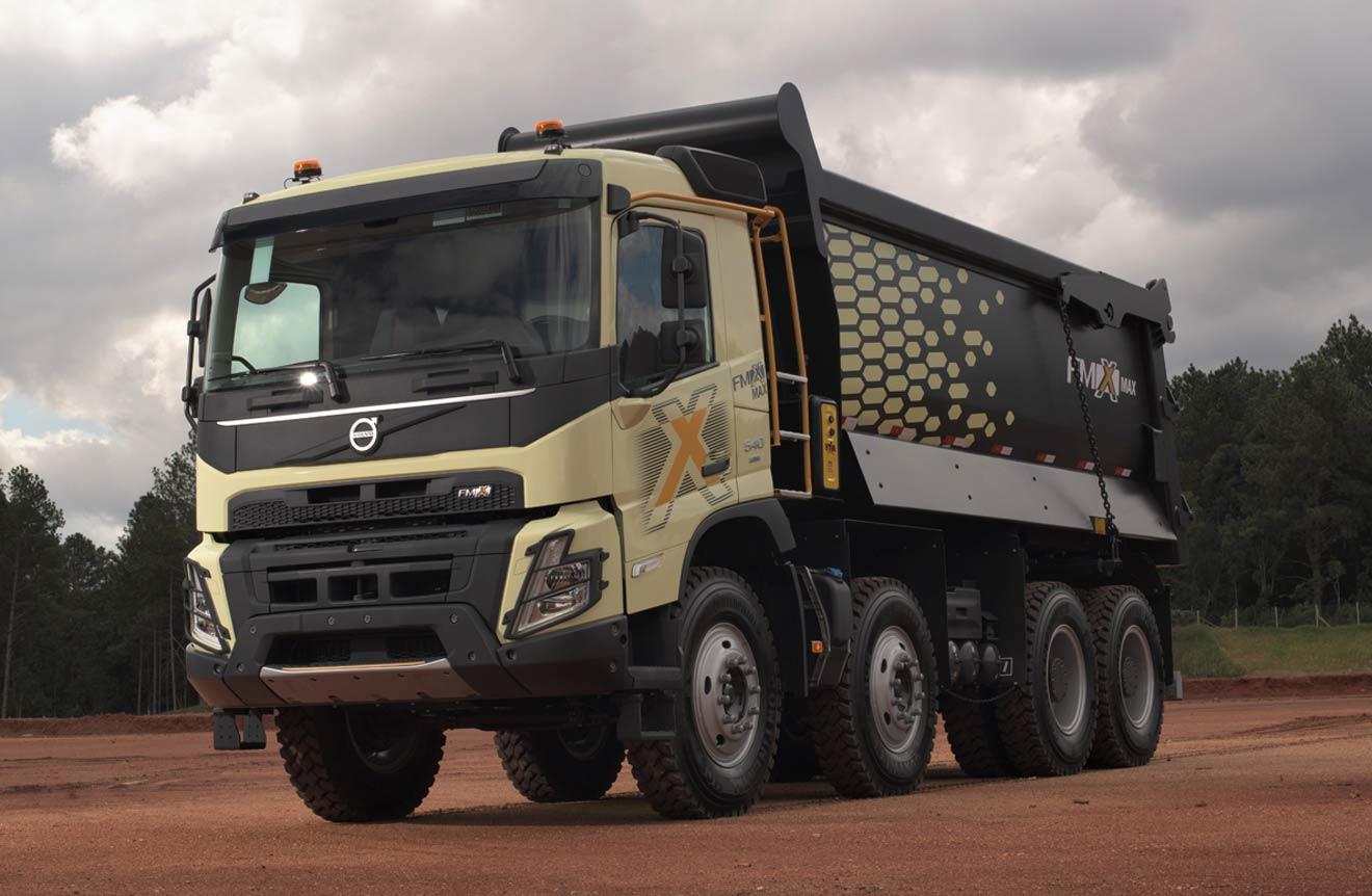 Volvo apresenta nova geração da família de caminhões F no Brasil